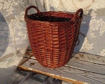 Cloths Basket/Pitrieten basket/In dark brown Braided/years 80/2 handles/brown/Vintage/grandmothers Time/household