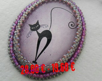 SALE Lilac necklace with pendant cat