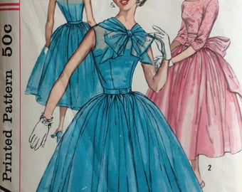 Simplicity 1877 junior misses fancy dress & sash size 13 bust 33 vintage 1950's sewing pattern
