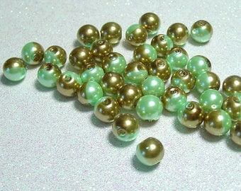 ROUND 8MM GREEN GOLD GLASS BEADS