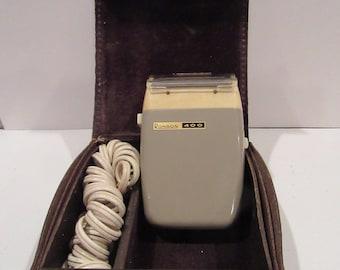 Vintage Ronson 400 Shaver For Men-Electric Ronson Razor Shaver with Case-Mid Century Electric Shaver-Ronson Collectible Shaver Razor