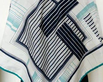 Vintage geometric Romano scarf