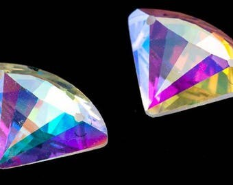 14*18mm Diamond Shaped Sew On Glass Crystals - Sold by the Pair