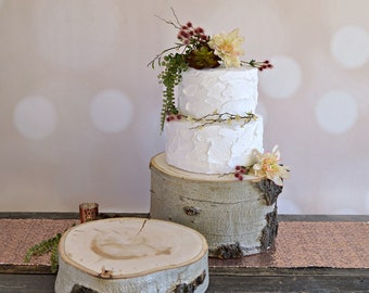 Rustic Log Cake Stand ~ Aspen Wood Cake Stand ~ Stump Cake Stand ~ Summer Wedding ~ Birch Cake Stand ~ Garden Wedding ~ Winter Wedding