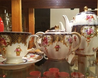 13 Piece Tea Set