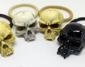 Vampire skull hair tie - Goth resin skull ponytail cord