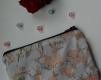 Brown hare glitter coin purse