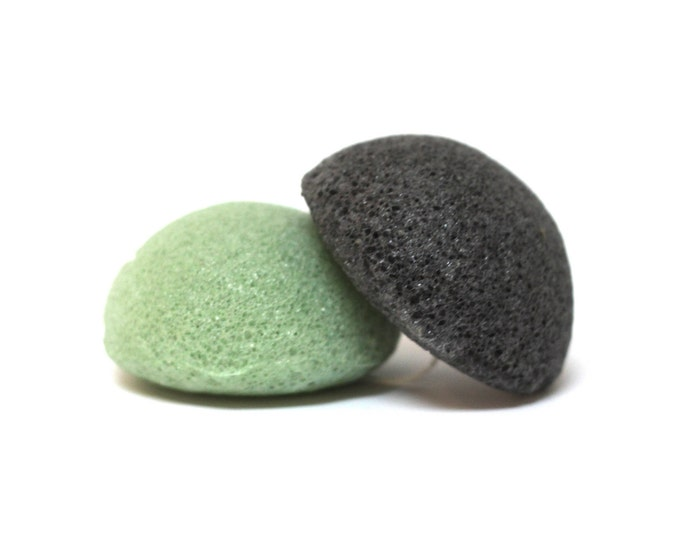 Konjac Facial Sponge infused with Bamboo Charcoal or Green Tea