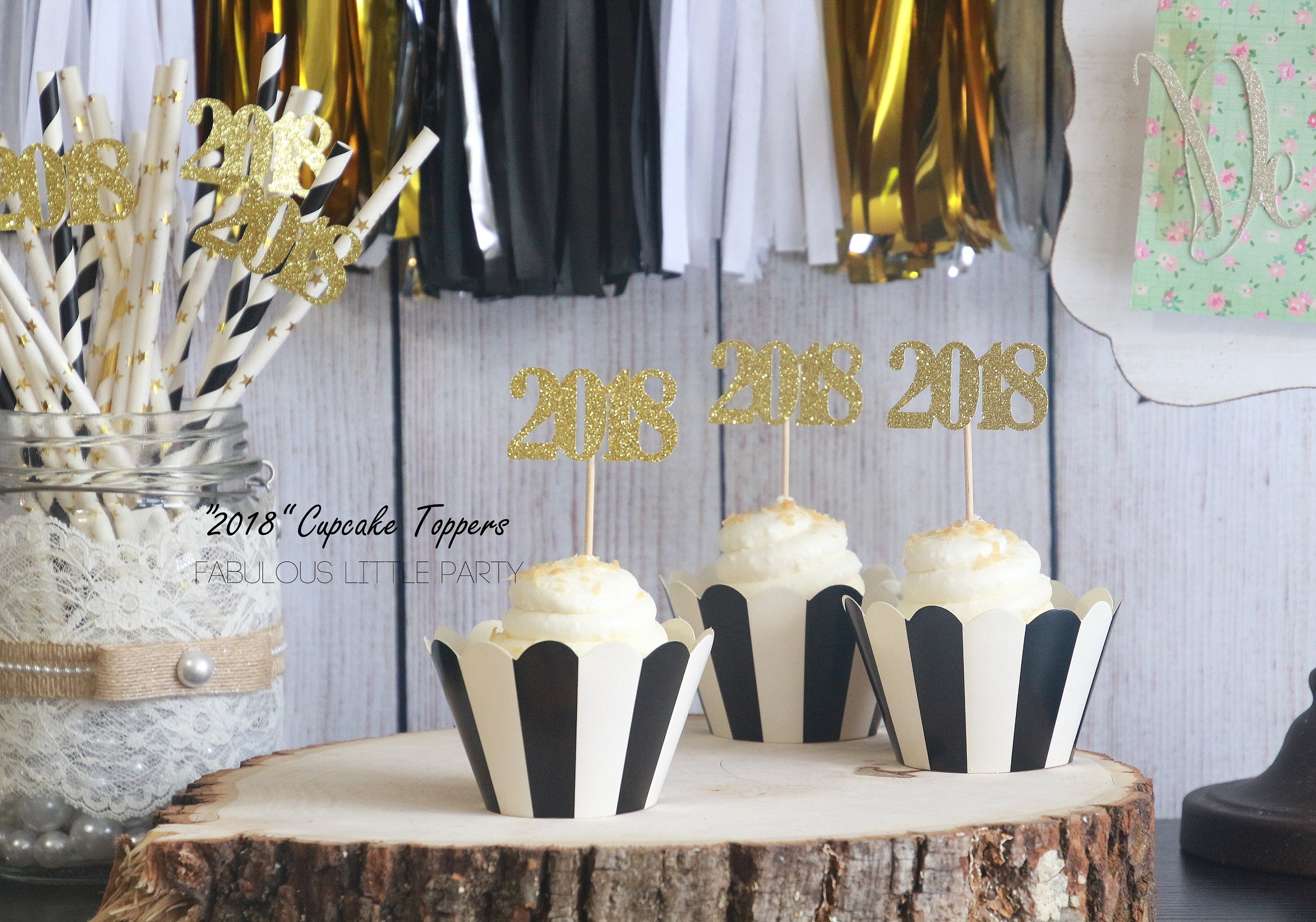 New year 39 s eve decorations 2018 number cupcake toppers for Decoration 2018
