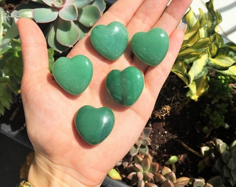 10 Green Aventurine Hearts / Wedding Favors Gift Ideas