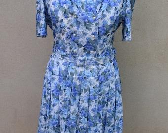 SALE Vintage floral day dress, UK size 14