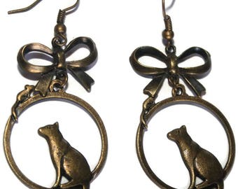 Earring cat and mouse