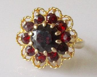 Large 9ct Gold Garnet Flower Ring