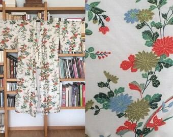Vintage Japanese Silk Kimono Floral Print
