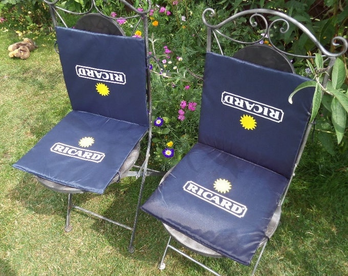 """Ricard Bistro Chair Cushion, Tie On, Showerproof Easy Wipe Foldaway Seat Pads, Excellent Condition, Seat & Back Cushions both 13.5"""" x 13.5"""""""