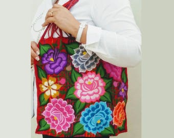Mexican handbag, Mexican flower Bag, Mexican embroidered bag, rebozo Mexican Purse, Mexican pom pom bag, Mexican Tassel bag, Serape bag