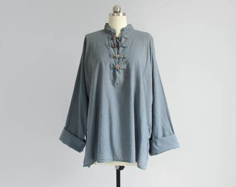 vintage cotton tunic top / loose fit long sleeve shirt with mandarin collar / slate blue toggle blouse / womens L - XL