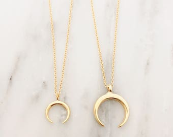 Gold Double Horn Necklace / Dainty Horn Choker Necklace / Gold Crescent Moon Layering Necklace / Boho Necklace / Bridesmaid Necklace