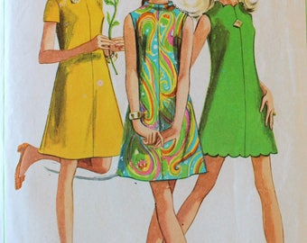 Vintage Sewing Pattern - 1960s A-Line Dress Pattern - Simplicity 7635