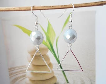 gray silver Pearl triangle earrings
