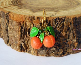 Drop Earrings miniature peach polymer clay Mini food jewelry Fruit earrings Food jewelry Mini fruit earrings Peach green earrings Gold