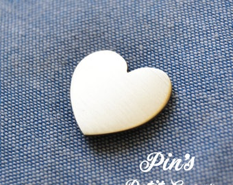 """""""Little heart"""" pin"""
