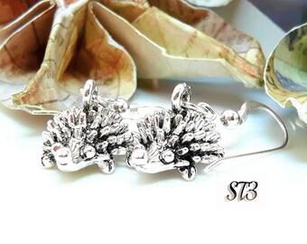 Hedgehog silver earrings, womens hedgehog earrings, silver drop earrings, sterling silver gifts, st3jewellery, woodland earrings, cute gifts