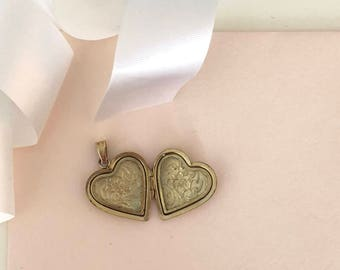 Brass Locket - Photo Locket - Heart Locket - Vintage Locket - Secret Locket - Lockets - Love Locket - Antique Locket - Valentines Gift Wife
