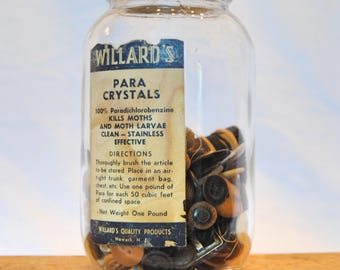 Vintage Willard's Para Crystals Jar with Assortment of Vintage Buttons