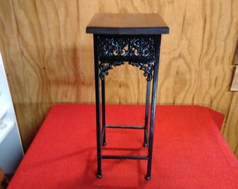 "Vintage Ornate Wrought Iron Plant Stand Wood Platform Floral Design 22"" Display Stand"