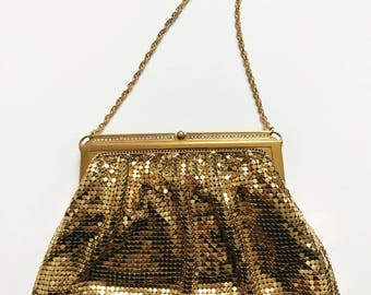 1950s / 50s Vintage Whiting and Davis Gold Metal Mesh Evening Bag with Chain / Includes Mirror
