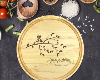 Personalized Cutting Board Round, Cutting Board Personalized, Wedding Gift, Housewarming Gift, Anniversary Gift, Christmas Gift, B-0032