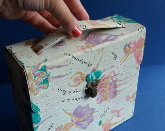 """Rare 1950s 7"""" Vinyl Record Case - Moulin Rouge Can-Can Dancers - Storage Box - Includes Bangles and Bananarama Singles"""
