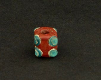 WS 23-  An attractive square Chinese Warring States eyed glass bead