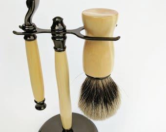 Premium Shaving Set featuring beautiful Tasmanian Timber. Badger Bristle Brush, Mach 3 Razor and Stand.