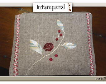 Kit two-tone hand embroidered linen flowering branch and croquet