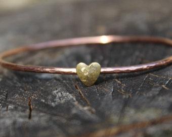 copper heart bangle, gold heart bangle, copper and brass heart bangle, hammered copper bangle, rustic heart bangle, hammered heart bangle