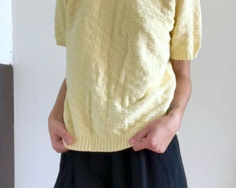 Vintage 90s Pale Yellow Checker Knit Short Sleeve Sweater Top