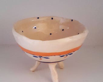 "Bowl dish ""two sisters"" footed ceramic / / gravy boat with dots / / Bowl with dots / / handmade / / Cup made in Provence / / made in France"