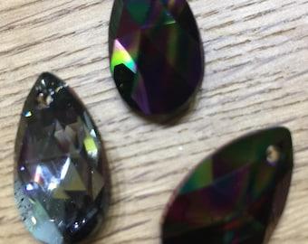 Swarovski drops Pendant-6106-Crystal Rainbow Dark (001RABDK)-22mm