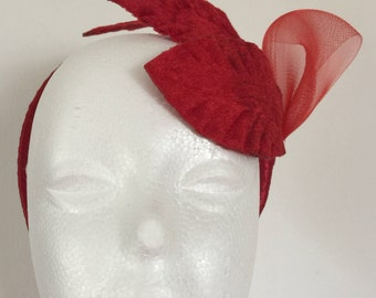 Small red leaf fascinator