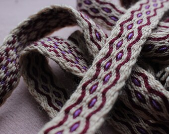 Trimmed viking waist belt, beige medieval trim, tablet woven celtic band, larp costume item, handwoven ribbon, fairy tale inspired sash
