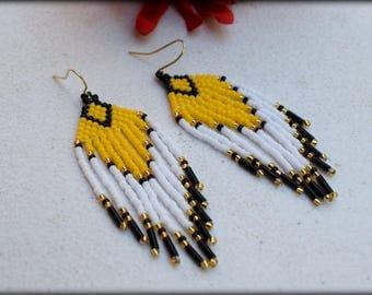 Fringe Earrings,Beaded Fringe,Tribal Earrings,Statement earrings,Seed bead Earrings,Nickel free,Women gift for her,Boho earring,Yellow White