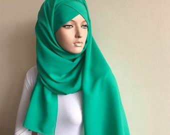 Stylish ready Hijab, turquoise hijab, chapel scarf, Scarf Handmade,  Pret A Porter islam, green hijab, Muslim fashion,  elegant turban