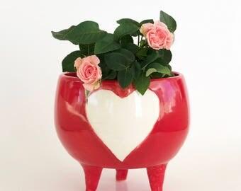 Heart Handmade Bowl / Pot with Legs