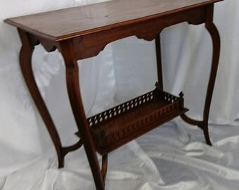 A Beautiful Edwardian Mahogany Two Tier Occasional Table, Solid Mahogany,  Antique Furniture
