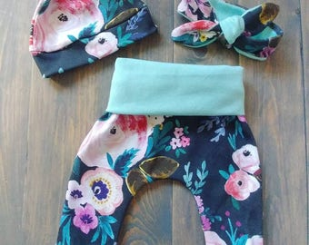 READY TO SHIP.Floral Leggings.Floral Top Knot.Floral Headband.Floral Nursery.Floral Outfit. Floral Baby.Floral Baby Shower.Harem Leggings.