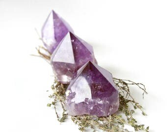 Raw Amethyst Points Medium Natural Amethyst Crystals Polished Witchy Standing Crystal Points Natural Purple Healing Crystals Rock Specimen