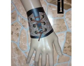 steampunk gothic boho bracelet Lace wrist cuff Bracelet of style steampunk