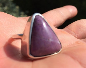 Beautiful Sugilite ring size 6.5 US and Europe 53